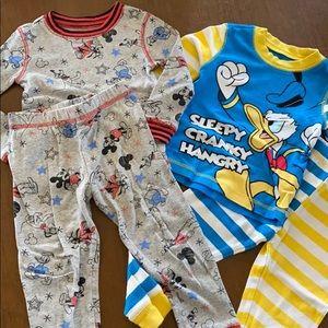 Disney 2 pack matching pajamas size 3